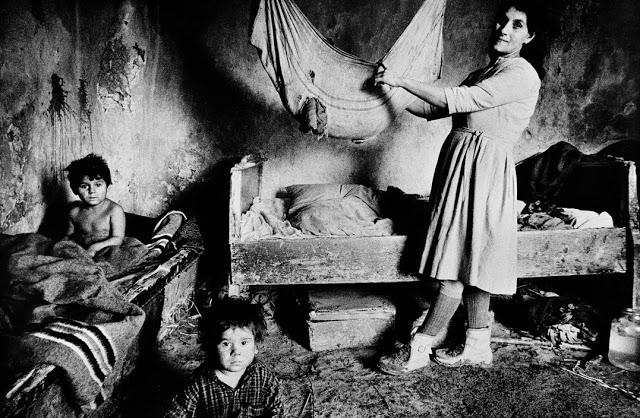 CZECHOSLOVAKIA. Slovakia. Okres Roznava. 1969. Gypsies.