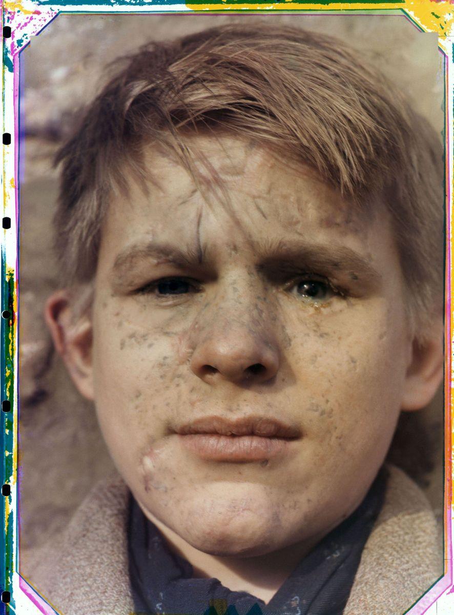 'El chico de Roermond', el inquietante retrato de Werner Bischof que reunió a una familia… 70 años después