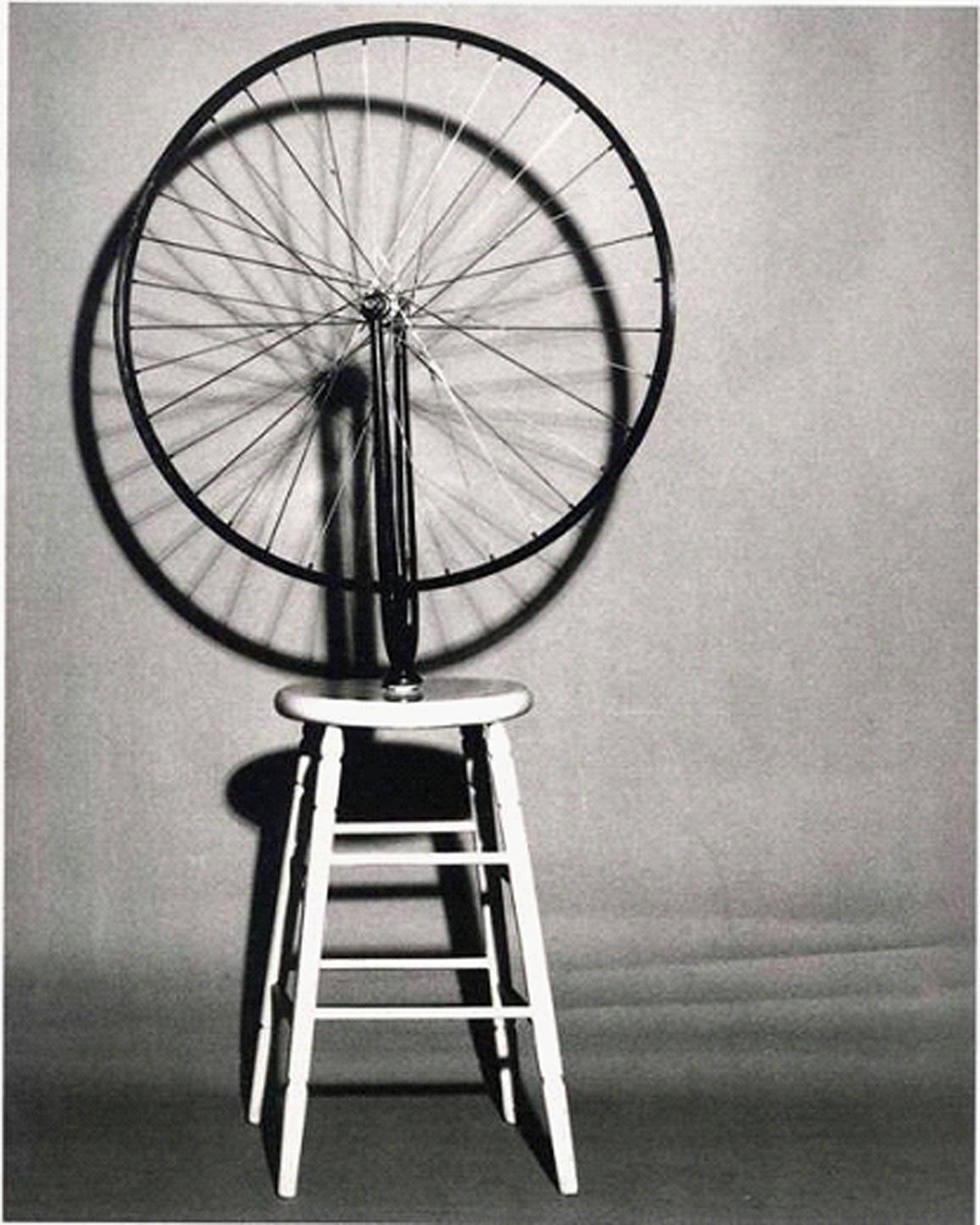 I CULT EXPOSICION EN EL MNAC BICYCLE WHEEL 1913 DE MARCEL DUCHAMP
