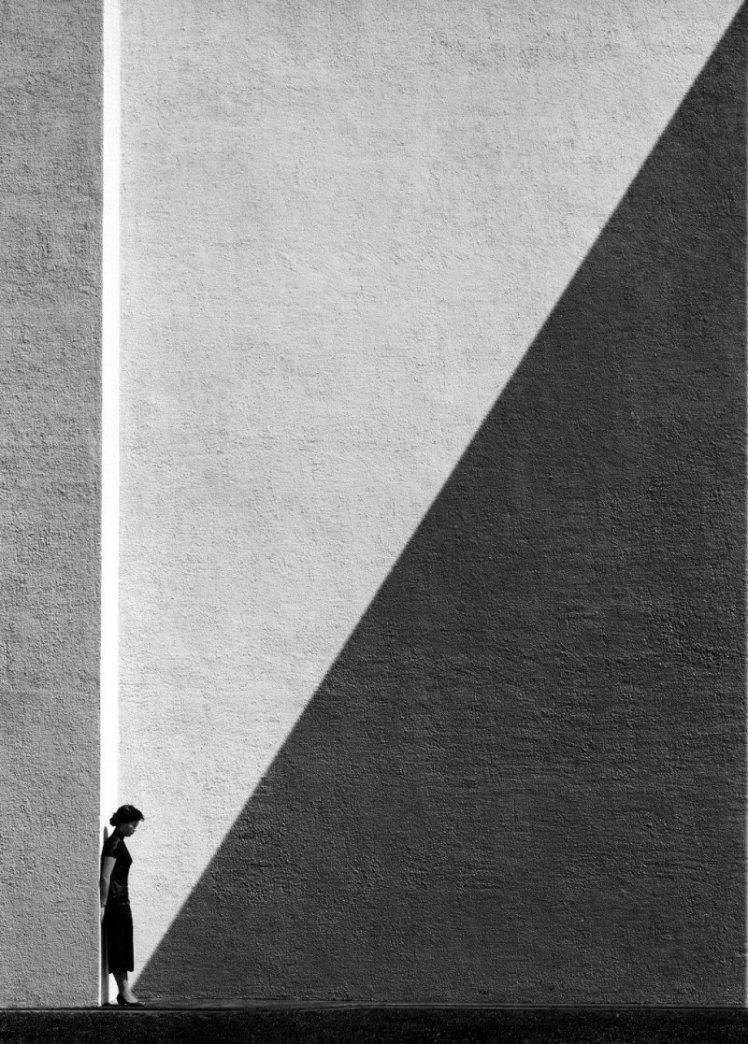 fan_ho_approaching_shadow_1024x768